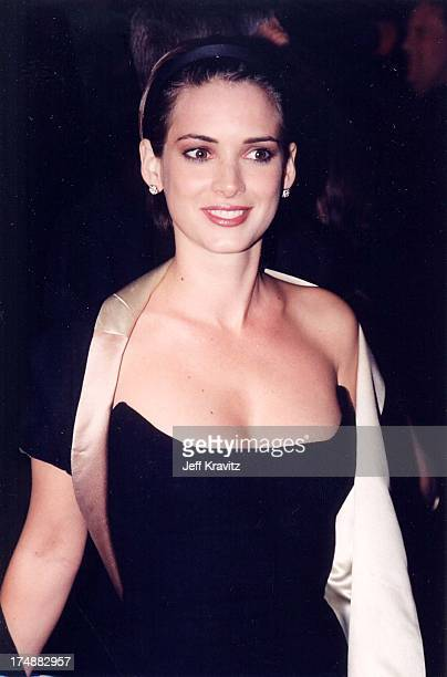 Winona Ryder during The 72nd Annual Academy Awards Vanity Fair Party at Morton's in Los Angeles California United States