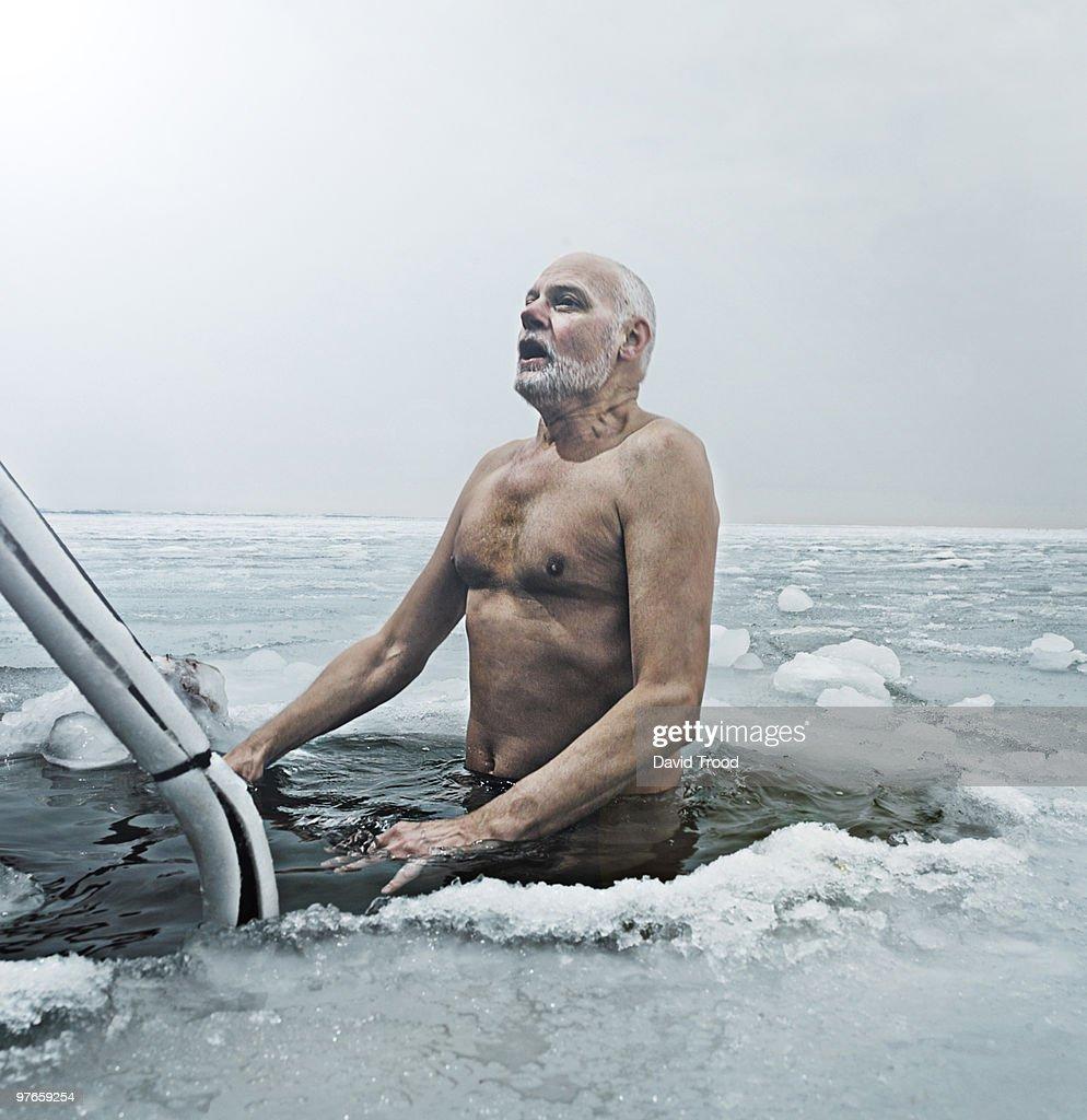 Winter bathing : Stock Photo