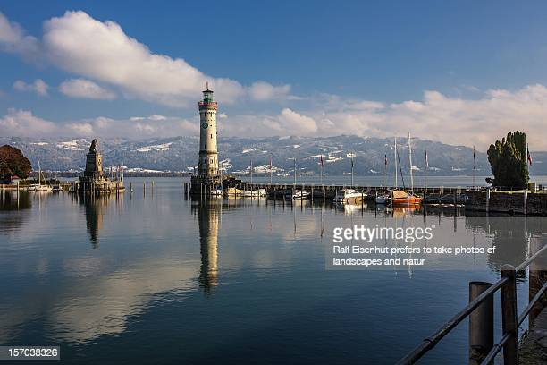 Winter begins, harbour of the Isle of Lindau, Lake