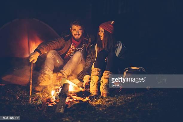 Winter-camping auf die Berge