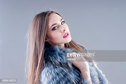 Inverno moda Mulher : Foto de stock