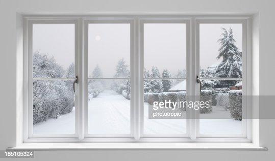 冬の朝~ホワイトの窓