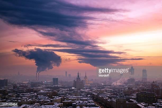 Moskau skyline bei Sonnenuntergang Winter