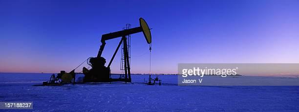 banner di olio Pumpjack panoramica invernale