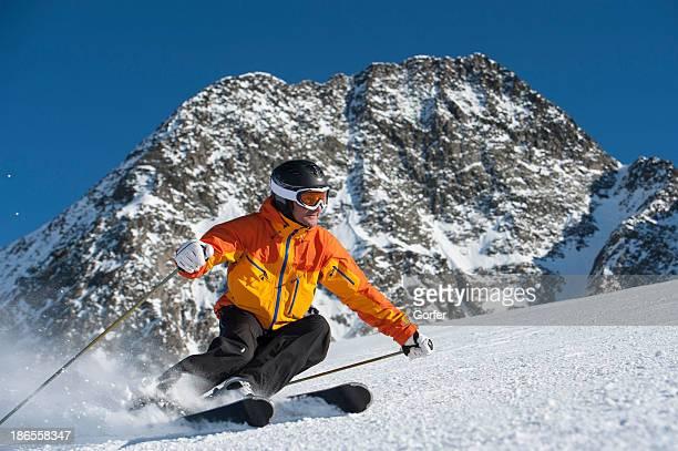 Deporte de invierno, esquí