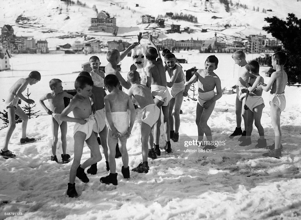winter - sports, gymnastics: boys in underwear building a snowman ...
