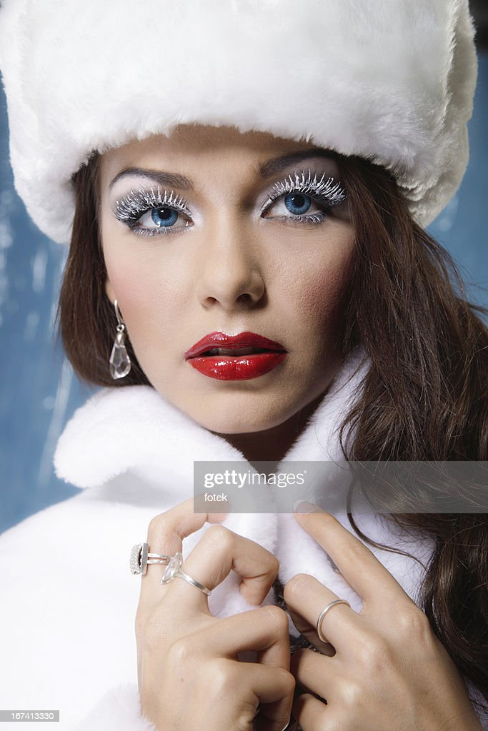Winter woman : Stock Photo