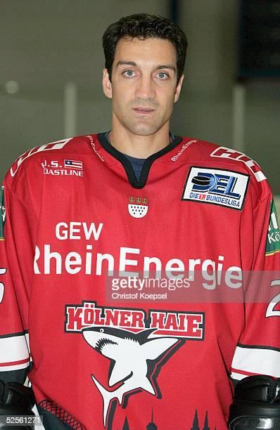 Wintersport / Eishockey DEL 04/05 Koeln Koelner Haie / Portraittermin / Pressekonferenz JeanYves ROY / Haie 030804