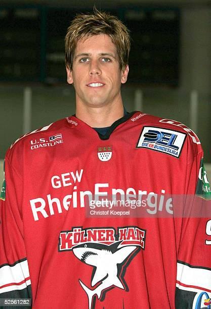 Wintersport / Eishockey DEL 04/05 Koeln Koelner Haie / Portraittermin / Pressekonferenz Jeremy ADDUONO / Haie 030804