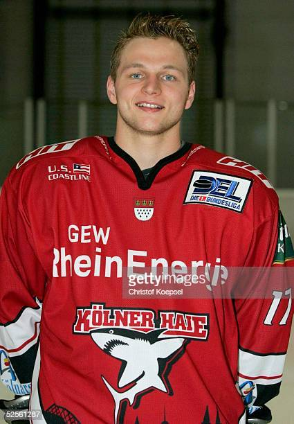 Wintersport / Eishockey DEL 04/05 Koeln Koelner Haie / Portraittermin / Pressekonferenz Sebastian FURCHNER / Haie 030804