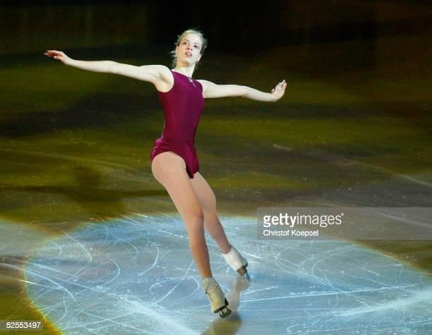 Wintersport / Eiskunstlauf WM 2004 Dortmund Schaulaufen Carolina KOSTNER / ITA 280304
