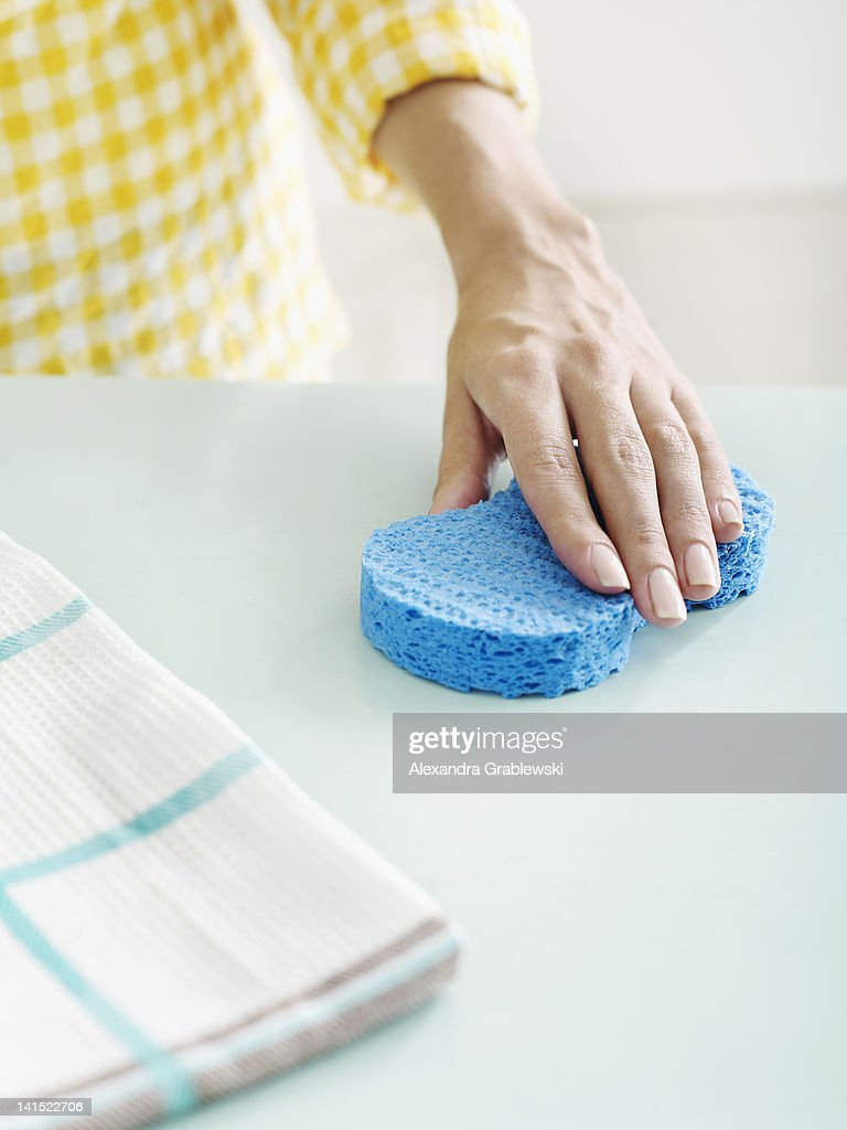 Wiping Counter With Sponge