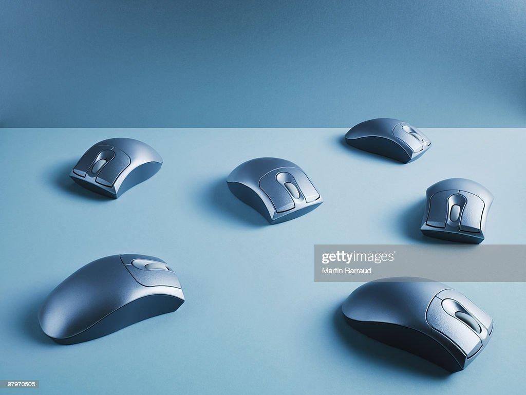 Wireless computer mice : Stock Photo