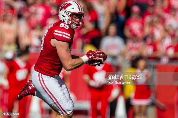 Wisconsin Badger tight end Zander Neuville makes a catch and turns to run up field durning an college football game between the Maryland Terrapins...