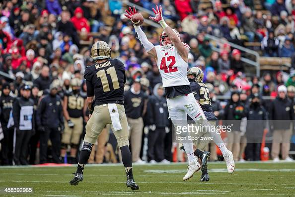 NCAA FOOTBALL: NOV 19 Wisconsin at Purdue : News Photo