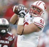 Wisconsin tight end Jacob Pedersen catches a pass against South Carolina in the Capital One Bowl on Wednesday Jan 1 in Orlando
