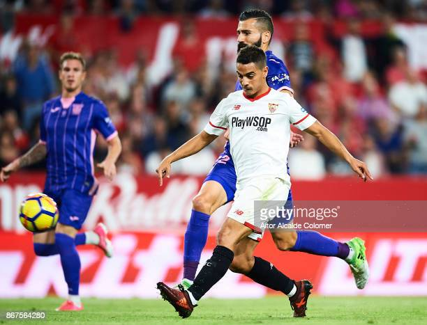 Wissam Ben Yedder of Sevilla FC shoots to score for Sevilla FC during the La Liga match between Sevilla and Leganes at Estadio Sanchez Pizjuan on...