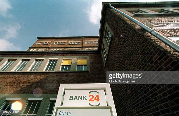 With the emergence of the 'Bank 24' the rise of a new generation of bank and financeservice enterprise began More and more private custumors want to...