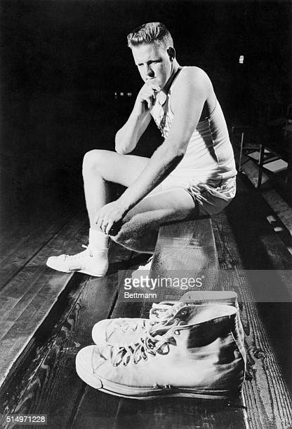 With the retirement of George Mikan from probasketball Clyde Lovelette has a big pair of shoes to try and fill The 6ft 9in 245lb Indianian will get...