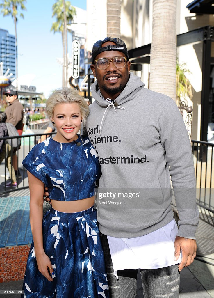 <a gi-track='captionPersonalityLinkClicked' href=/galleries/search?phrase=Witney+Carson&family=editorial&specificpeople=10833254 ng-click='$event.stopPropagation()'>Witney Carson</a> (L) and <a gi-track='captionPersonalityLinkClicked' href=/galleries/search?phrase=Von+Miller&family=editorial&specificpeople=7125735 ng-click='$event.stopPropagation()'>Von Miller</a> visit 'Extra' at Universal Studios Hollywood on March 23, 2016 in Universal City, California.