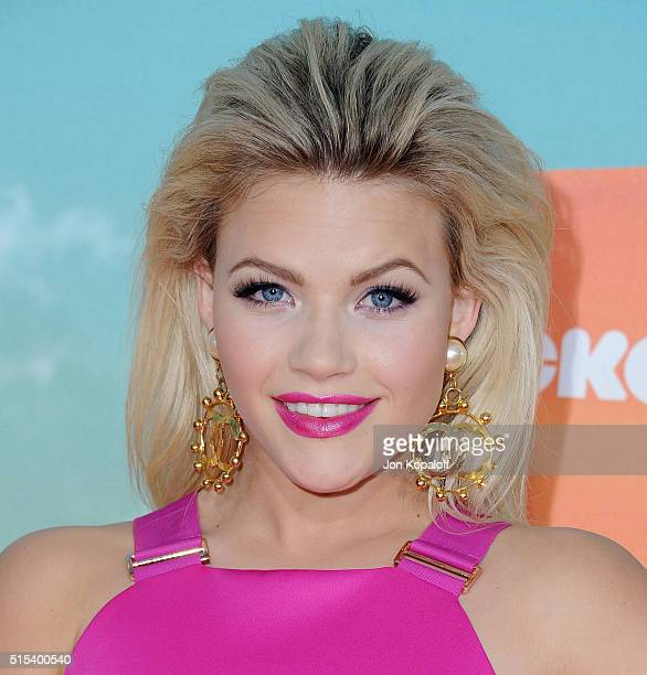 Witney Carson arrives at Nickelodeon's 2016 Kids' Choice Awards at The Forum on March 12 2016 in Inglewood California