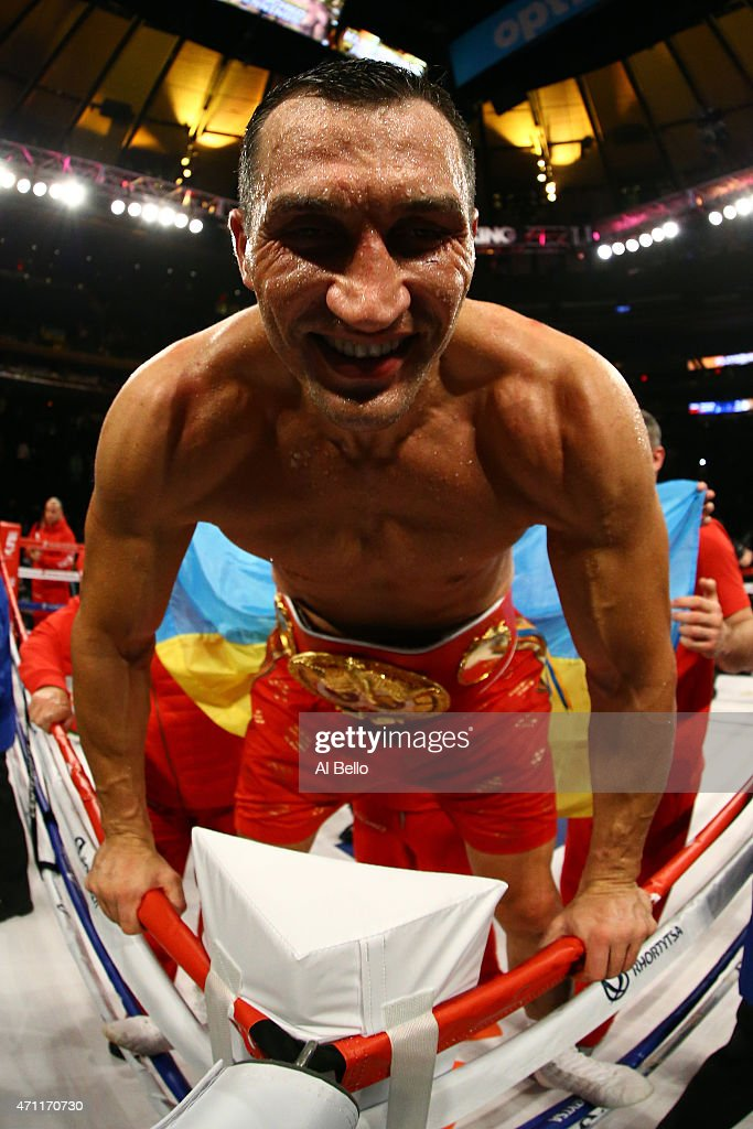 <a gi-track='captionPersonalityLinkClicked' href=/galleries/search?phrase=Wladimir+Klitschko&family=editorial&specificpeople=210650 ng-click='$event.stopPropagation()'>Wladimir Klitschko</a> of Ukraine celebrates defeating Bryant Jennings of the United States in their IBF/WBO/WBA World Heavyweight Championship title fight at Madison Square Garden on April 25, 2015 in New York City.