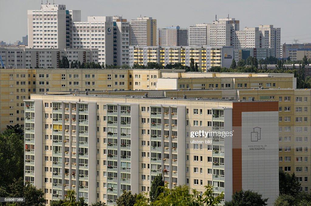 Berlin: Plattenbauten In Marzahn