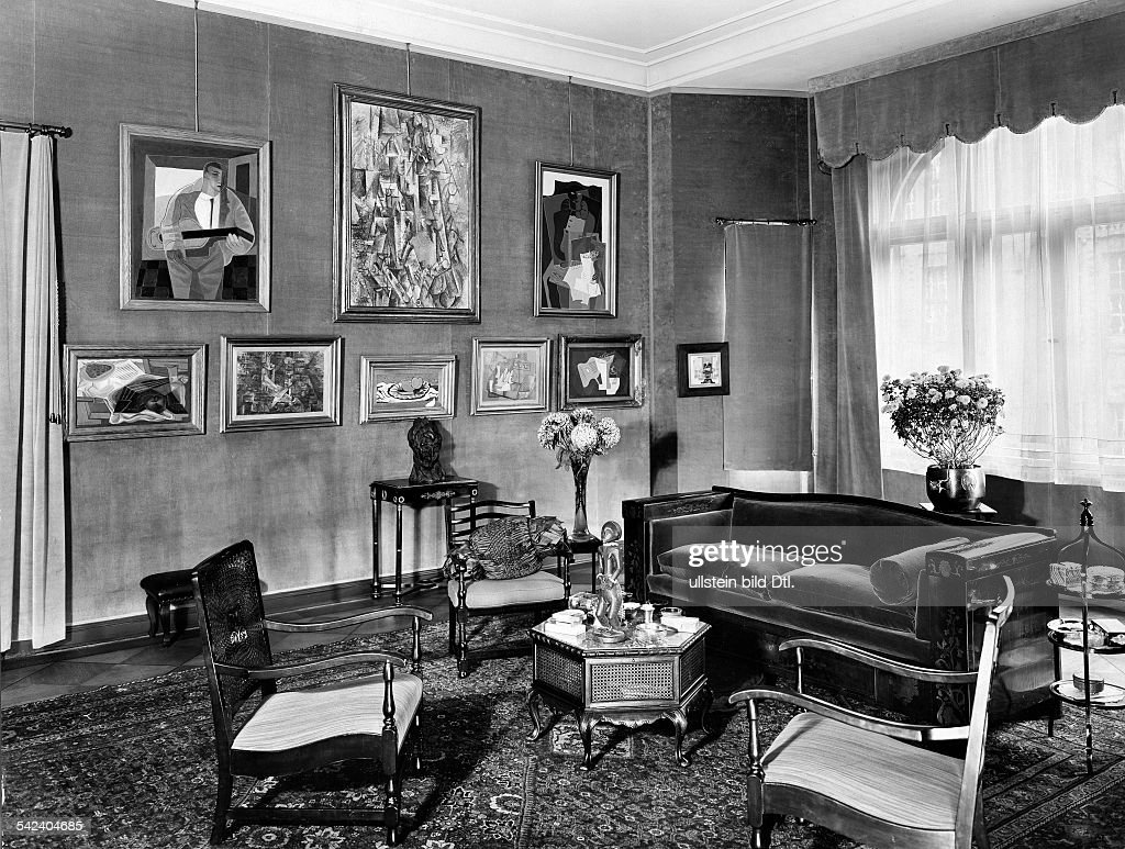 Wohnung Des Kunsthndlers Alfred Flechtheim In Berlin Der Bleibtreustrasse 15 CharlottenburgBlick Das Wohnzimmer