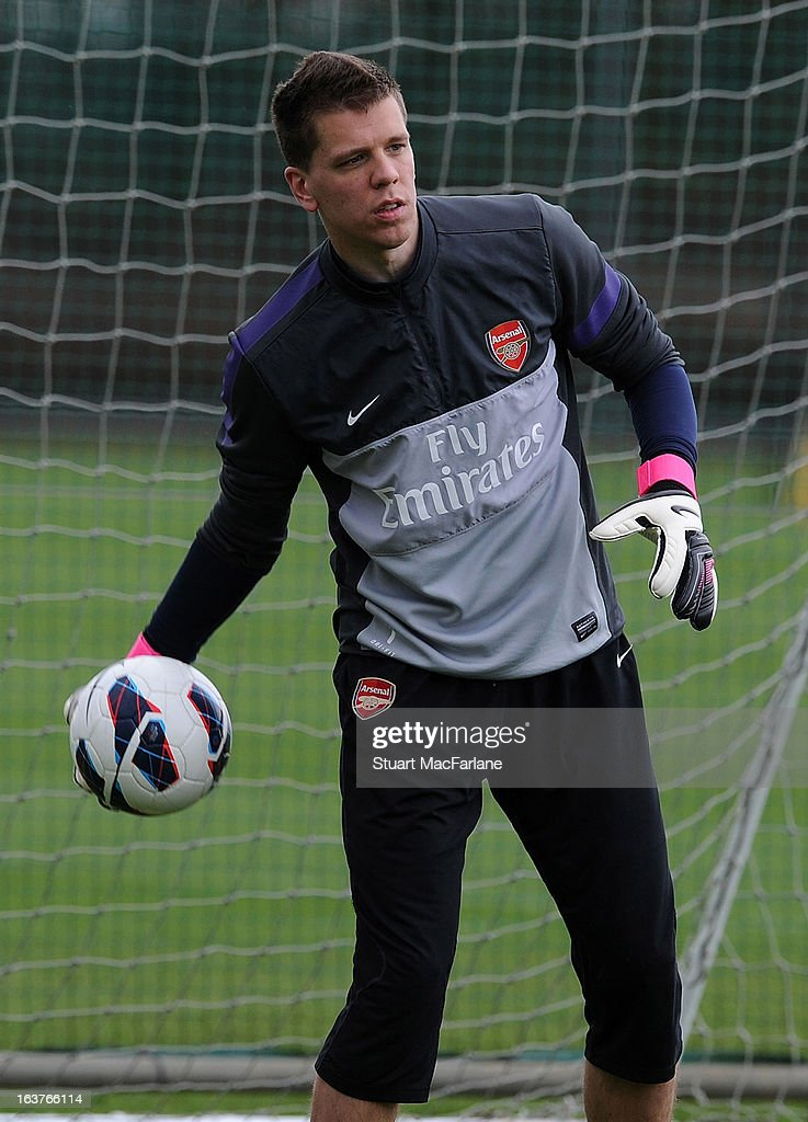 Wojceich Szczesny of Arsenal during a training session at London Colney on March 15, 2013 in St Albans, England.