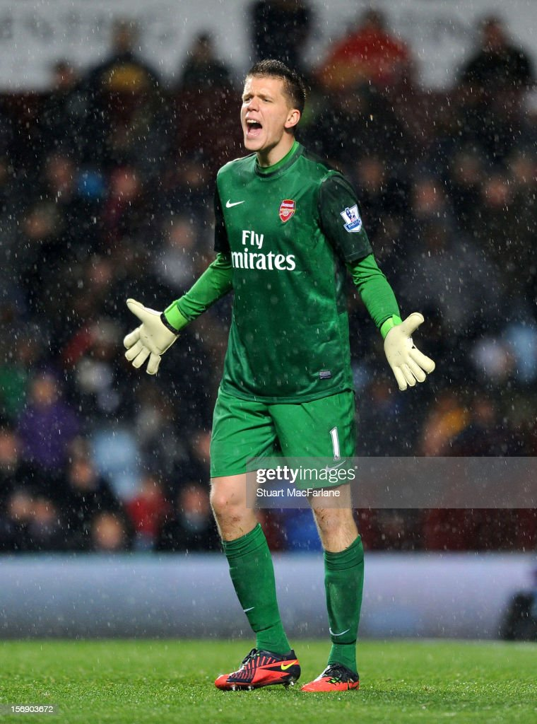 <a gi-track='captionPersonalityLinkClicked' href=/galleries/search?phrase=Wojciech+Szczesny&family=editorial&specificpeople=6539507 ng-click='$event.stopPropagation()'>Wojciech Szczesny</a> of Arsenal during the Barclays Premier League match between Aston Villa and Arsenal at Villa Park on November 24, 2012 in Birmingham, England.