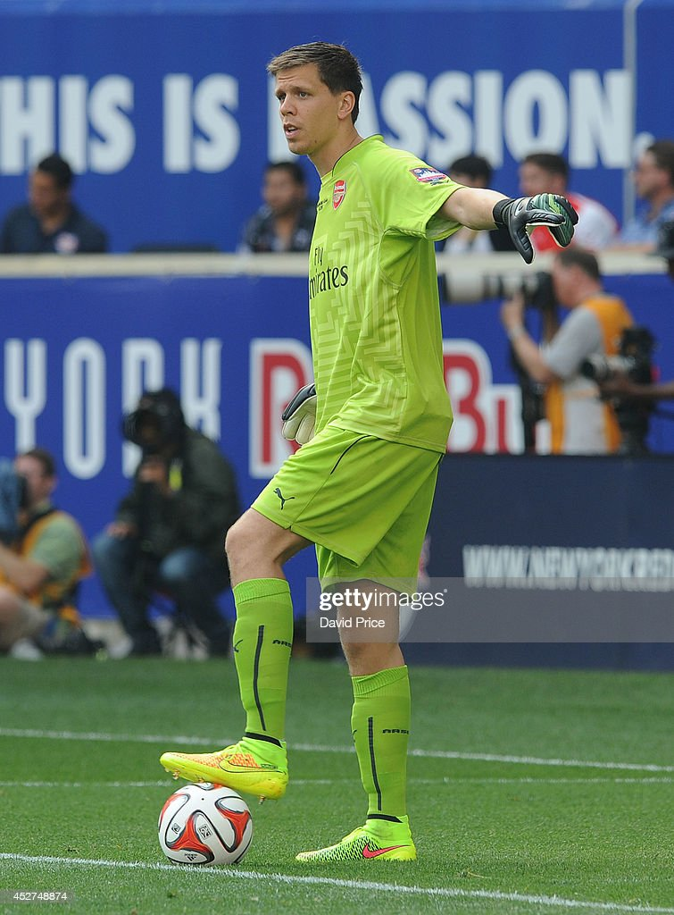 <a gi-track='captionPersonalityLinkClicked' href=/galleries/search?phrase=Wojciech+Szczesny&family=editorial&specificpeople=6539507 ng-click='$event.stopPropagation()'>Wojciech Szczesny</a> of Arsenal during the pre season match between New York Red Bulls and Arsenal at Red Bull Arena on July 26, 2014 in Harrison, New Jersey.