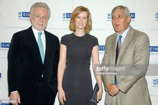 Wolf Blitzer Cynthia Nixon and Dr Allen Spiegel attend CYNTHIA NIXON WOLF BLITZER and Dr ROBERT MARION Honored at the ALBERT EINSTEIN College of...