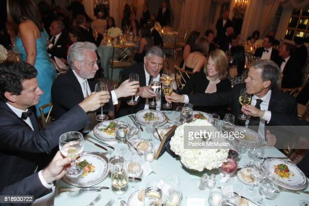 Wolf Blitzer Phil Kent Carol Melton and Jeff Bewkes attend MUSEUM Of The MOVING IMAGE Dinner In Honor Of KATIE COURIC And PHIL KENT at St Regis Hotel...