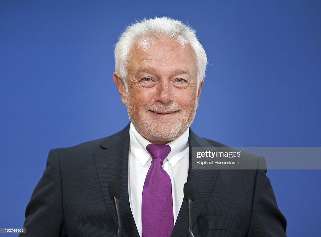 Wolfgang Kubicki, companion of Steinbrueck, presents the biography of Peer Steinbrueck, at the building of the Bundespressekonferenz on September 24, 2012 in Berlin, Germany. Steinbrueck is one of three possible candidates for the SPD as chancellor next year.