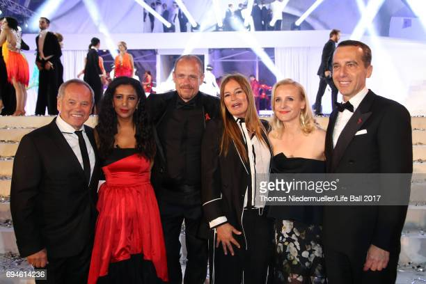 Wolfgang Puck Gelila Puck Gery Keszler Eva Cavalli Eveline SteinbergerKern and Austrian chancellor Christian Kern attend the Life Ball 2017 show at...