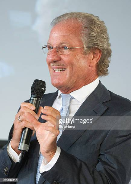Wolfgang Reitzle chief executive officer of Linde AG speaks at a presentation at the RWE AG owned power station in Niederaussem Germany on Tuesday...