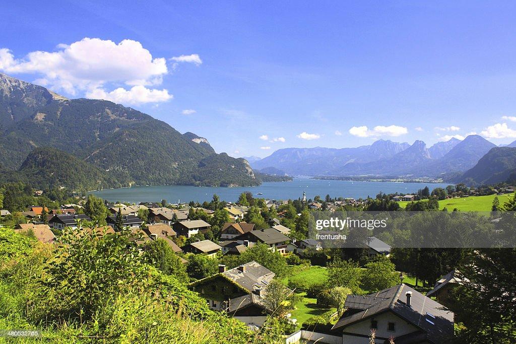 Wolfgangsee lake in Alps, Austria : Bildbanksbilder