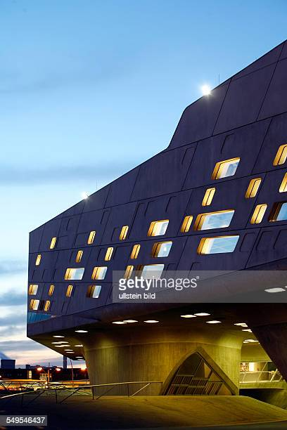 PHAENO Science Center The Phaeno Science Center is a new interactive science center in Wolfsburg Germany Phaeno arose from progressive urban planning...