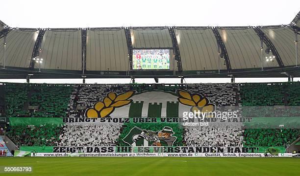 Wolfsburgfans Fankurve Spruchband Bringt Stolz ueber über Verein und Stadt zeigt uns dass Ihr es verstanden habt VfL Wolfsburg Eintracht Braunschweig...