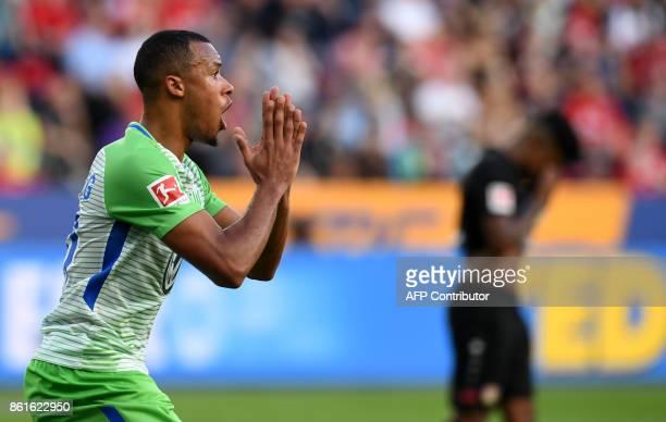 Wolfsburg's German midfielder Daniel Didavi reacts during the German first division Bundesliga football match Bayer Leverkusen vs VfL Wolfsburg in...