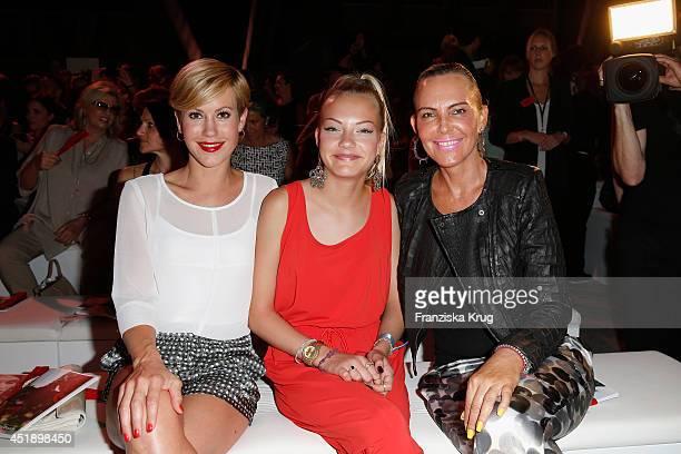 Wolke Hegenbarth Natascha Ochsenknecht and daughter Cheyenne Ochsenknecht attend the Minx by Eva Lutz show during the MercedesBenz Fashion Week...