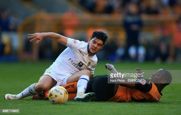 Wolverhampton Wanderers' Benik Afobe and Leeds United's Alex Mowatt battle for the ball