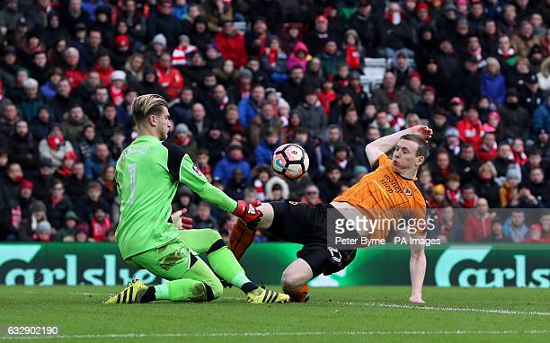 Wolverhampton Wanderers' Jon Dadi Bodvarsson stretches for the ball with Liverpool goalkeeper Loris Karius during the Emirates FA Cup fourth round...