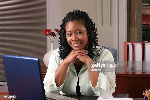 Femme de bureau-Horizontal