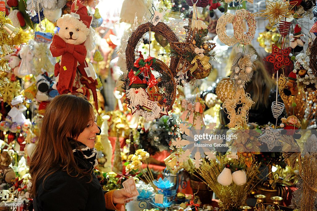 Christmas Atmosphere In Genoa Photos And Images Getty Images - Medieval Christmas Tree