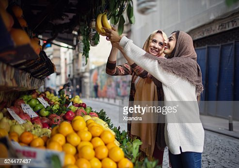 """vendor muslim girl personals The guide to dating a muslim girl islam is in fashion while the word """"terrorism"""" seems to be the first that comes to mind when you hear about muslims,."""