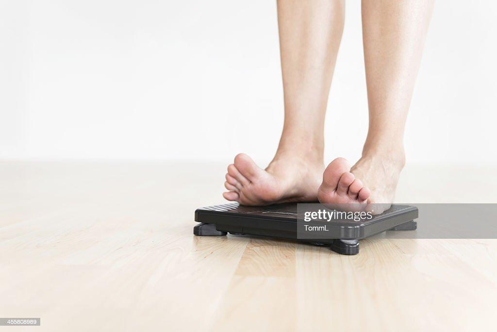 Woman チェック重量 : ストックフォト