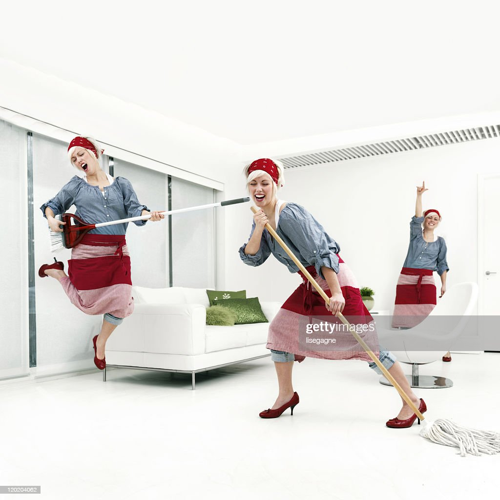 Woman cleaning : Stock Photo