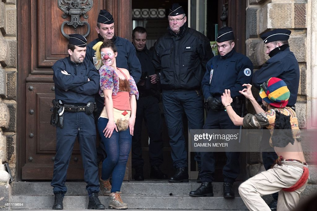 from Ben naked police girls images