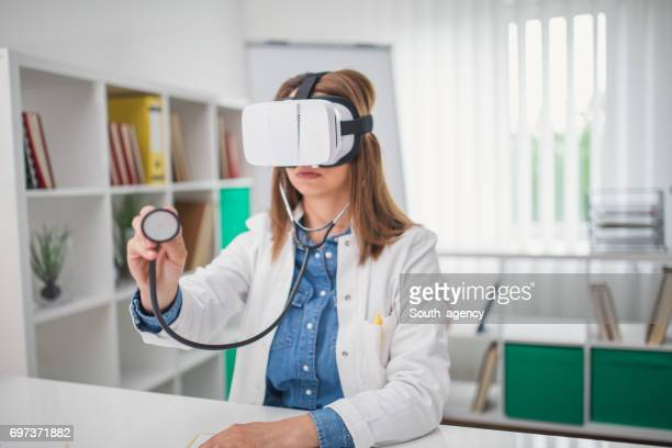 Woman doctor in virtual reality